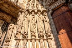 Chartres Cathedral - Chartres Cathedral: The south portal is adorned with the statues of the twelve apostles. The cathedral was not damaged during the Wars...