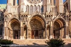 Chartres Cathedral - Chartres Cathedral: The south portal dates from 1224-1250 and shows scenes of the New Testament. The 13th century north portal shows...