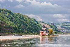 Upper Middle Rhine Valley - Upper Middle Rhine Valley: Pfalzgrafenstein Castle on Falkenau Island in the Rhine near Kaub. Pfalzgrafenstein was built by Ludwig of...