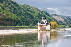 Upper Middle Rhine Valley - Upper Middle Rhine Valley: The picturesque Pfalzgrafenstein Castle near Kaub. The former stronghold Pfalzgrafenstein Castle was...