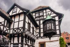 Wartburg Castle - Wartburg Castle: The 15th century oriel of the Vogtei, the bailiff's offices. The Vogtei is part of the Vorburg (bailey), situated in the...