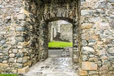 Castles of King Edward in Gwynedd - Castles and Town Walls of King Edward in Gwynedd: The Gate House of Harlech Castle viewed from the courtyard. At the rear of the castle,...