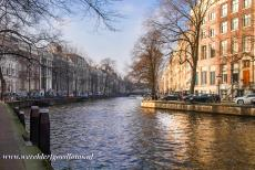 Canal Ring Area of Amsterdam - Seventeenth-century Canal ring area of Amsterdam: The Golden Bend in the Herengracht. The canal houses along the Golden Bend are a symbol of...