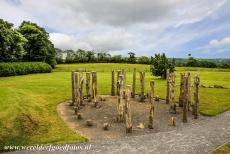 Bend of the Boyne - Knowth - Brú na Bóinne - Archaeological Ensemble of the Bend of the Boyne: The reconstruction of a timber circle at Knowth. The timber...