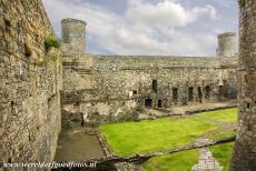 Harlech Castle - Castles and Town Walls of King Edward in Gwynedd: Domestic buildings were built in the inner ward of Harlech Castle, such as a kitchen, a...