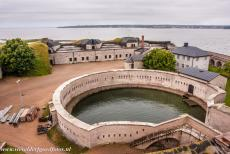 Naval Port of Karlskrona - Naval Port of Karlskrona: Kungsholm Fortress is situated on an island and together with the Drottningskär citadel...
