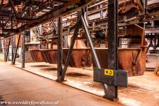 Völklingen Ironworks - Völklingen Ironworks: The monorail cars ran along the top platform, situated 28 metres above ground level. The monorail cars filled the six...