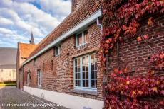 Flemish Béguinage Sint Truiden - Flemish Béguinage of Sint Truiden: One of the historic houses in the béguinage, the St. Agnes Church, also called the...