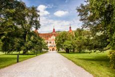 City of Graz - Historic Centre - City of Graz - Historic Centre and Schloss Eggenberg: Schloss Eggenberg, the Eggenberg Palace, is situated in a romantic park on the edge of...