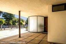 Tugendhat Villa in Brno - Tugendhat Villa in Brno: The main entrance hall of the villa. The German-American architect Ludwig Mies van der Rohe designed the...