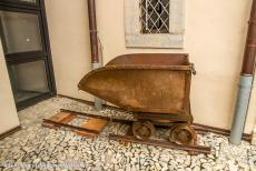 Monte San Giorgio - Monte San Giorgio: The Museum of Fossils in Meride houses a mining cart. The mining cart was used to transport the oil shale from...