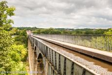 Pontcysyllte Aqueduct - The Pontcysyllte Aqueduct is being crossed by more than a 1000 canal boats a year.