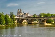 Loire Valley - Loire Valley between Sully-sur-Loire en Chalonnes: TheGothic Sainte-Croix Cathedral of Orléans is probably most famous for its...