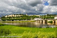 Loire Valley - Loire Valley between Sully-sur-Loire en Chalonnes: The Castle of Chinon on the river Vienne. On Friday 13 october 1307, the Knights...