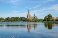 Historic Centre of Stralsund - Historic Centre of Stralsund: The Marienkirche, the Church of St. Mary, on the banks of the huge Frankenteich pond. The architecture of Stralsund...
