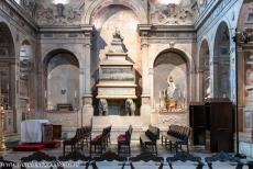 Monastery of the Hieronymites in Lisbon - Monastery of the Hieronymites in Lisbon: The chancel of the Church of Maria de Belém was built in 1578 to house the tombs of the royal...