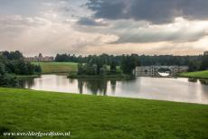 Blenheim Palace - The picturesque Queen Pool and the Grand Bridge in Blenheim Park, Blenheim Palace is located in the background. Blenheim Park is...