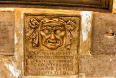 Venice and its Lagoon - Venice and ist Lagoon: The Bocca di Leone, the Lions Mouth, is embedded in the wall of the Doge's Palace. The Bocca di Leone was a post box...