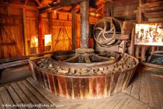 Great Copper Mountain in Falun - Great Copper Mountain in Falun: Around each rotating table sat boys aged ten to twelve, picking out the heavier shining ore and brushing...