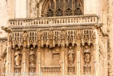 Canterbury Cathedral - Canterbury Cathedral: Detail above the south porch.