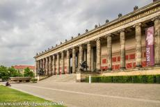 Museumsinsel Berlijn - Museumsinsel, Museum Island Berlin: The Altes Museum (German for Old Museum). The Altes Museum was built in the Neoclassical style in the period...