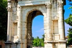 City of Verona - City of Verona: The Arco dei Gavi, the Gavi Arch, was erected in the 1st century in honour of the important Roman Gavi family, citizens of...