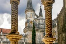 Monastery of Batalha - Monastery of Batahlha: The colonnettes of the courtyard are decorated with flowers, shells, pearls and spiral motives. The...